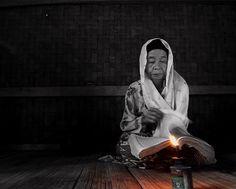 Reading ...................... by dewan irawan on 500px