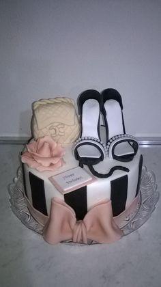 Chanel torta cake fashion scarpe pdz