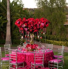 In love with the dramatic floral arrangement!