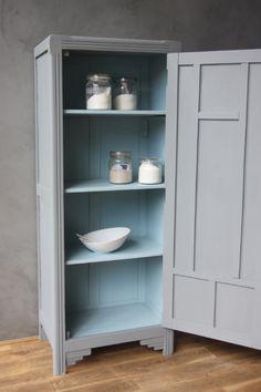 Petite armoire parisienne - petite belette