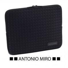 Funda iPad de Antonio Miró - detallesparainvitados.com