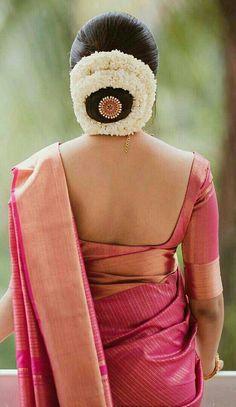 62 Trendy Wedding Reception Dress For Bride Long Lace Wedding Reception Hairstyles, Bridal Hairstyle Indian Wedding, South Indian Bride Hairstyle, Bridal Hair Buns, Bridal Hairdo, Indian Bridal Hairstyles, Wedding Bun, Dress Wedding, Wedding Tips