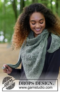 Shawl with lace pattern, worked top down. Piece is knitted in DROPS BabyAlpaca Silk. Lace Knitting, Knitting Patterns Free, Knit Crochet, Knit Wrap Pattern, Magazine Drops, Lace Patterns, Work Tops, Knitting Accessories, Drops Design