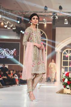 Sara Rohale Asghar Dresses Bridal Couture Week 2015 Images