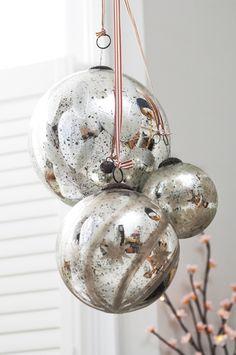 mercury glass Ornaments for decor White Christmas Ornaments, Silver Christmas, Christmas Love, Christmas Colors, Christmas Holidays, Christmas Crafts, Christmas Decorations, Holiday Decor, Glass Ornaments
