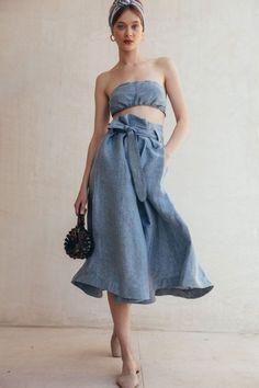 Our Latest Vegan Bag Obsession: Cult Gaia - Eluxe Magazine Minimal Fashion, Love Fashion, Girl Fashion, Vintage Fashion, Fashion Outfits, Latest Fashion, Nice Dresses, Casual Dresses, Summer Dresses