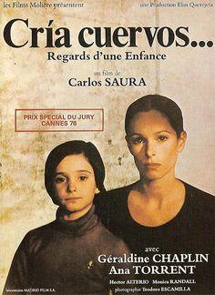 Redécouvrez la bande-annonce de Cría Cuervos ponctuée des secrets de tournage et d'anecdotes sur ce film. ☞ Cría cuervos (littéralement « Élève des corbeau