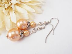 Peach Pearl Bridesmaid Earrings Pewter Beaded by chicagolandia