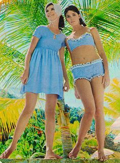 Seventeen magazine May 1968 Models Colleen Corby and Kathy Brothers
