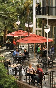 Nashville Restaurants - Nashville Shopping - Nightlife in Nashville TN - Nashville Restaurants & Bars