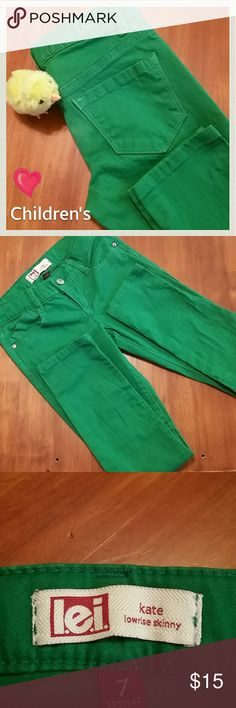 """*Kids! Girl's LEI 'Kate' Lowrise Skinny Jeans Like new! LEI Skinnies for Girls. They have the built in elastic straps for adjustment. The green is perfect for Every Season! The pics are true to color. No rips, tears, or stains. Super cute! Very versatile!  Love! Zipper and button Closure. Enjoy! 98% Cotton 2% Spandex Measurements : Inseam 21"""" Thigh Opening 6"""" Rise 6"""" Waist Circumference 23"""" Around. Enjoy! lei Bottoms Jeans"""