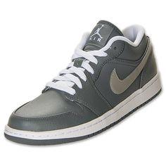 Air Jordan 1 low basketball shoes - $80