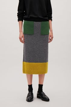COS image 2 of Colour-block skirt with mohair pockets in Dark grey Mid Length Skirts, Short Skirts, Knit Skirt, Lace Skirt, Colour Block, Color Blocking, Knitwear, Cashmere, Cos