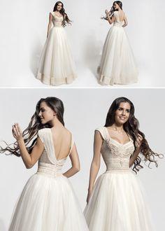 "Mod ""Carme"" vintage wedding dress, boho wedding dress, VG Ζolotas, Atelier Zolotas, Handmade wedding dress, women fashion, bridal fashion, bride"