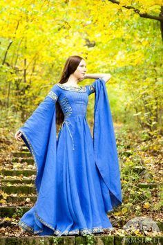 Blue dress Lady of the Lake  This dress has classic medieval silhouette, floor-length full circle skirt and wide bell sleeves. It has certain features