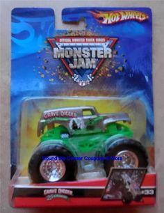 2007 Hot Wheels #33 Chrome Silver Grave Digger 25th Anniversary Monster Jam #HotWheels #MonsterTruck