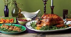 Novice hosts, there's no need to be intimidated by a turkey! Follow this handy menu and timeline for preparing your first-time Thanksgiving menu, and you'll get dinner on the table without a hitch.1 of 14Whether your family has passed you the cooking baton or you're preparing a spread for your friend Cooked Carrots, Glazed Carrots, First Thanksgiving, Thanksgiving Recipes, Easy Cranberry Sauce, Scalloped Potatoes Easy, Expired Food, Marinated Olives, Cooking Green Beans
