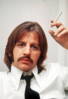 Smoking Ringo