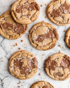 Made for those with a major sweet-tooth, these Toffee Milk Chocolate Chip Cookies are tender, chewy, and of course, super sweet! Recipe Using Milk Chocolate, Milk Chocolate Chip Cookies, Toffee Cookies, Chocolate Toffee, Chocolate Cheesecake, Yummy Cookies, Tea Cakes, Shortbread, Meringue