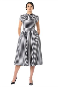 Gingham check patterns our fit-and-flare crepe midi dress styled with a ruched mandarin collar and ruched pleat full skirt for feminine flounce. Cute Maternity Dresses, Modest Dresses, Nice Dresses, Poplin Dress, Crepe Dress, Vestidos Vintage, Vintage Dresses, Dress Outfits, Fashion Dresses