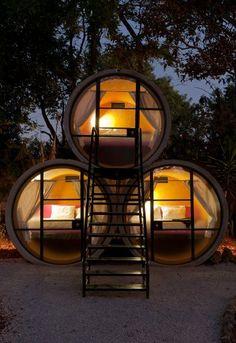 テポストラン、メキシコに位置TuboHotelは建築家アンドレアス·シュトラウス'Dasparkhotel#建築に触発リサイクルコンクリート管から作られている