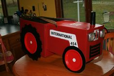 The Mom of Many: Tractor Halloween Costume