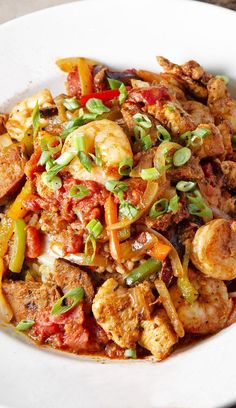 Weight Watchers Low Carb Jambalaya Recipe with Andouille Sausage, Chicken, and Shrimp. - 6 Smart Points