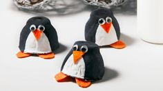 Egg Carton Penguin, Cute Christmas Penguin Crafts for Kids… Kids Crafts, Winter Crafts For Kids, Toddler Crafts, Preschool Crafts, Diy For Kids, Preschool Winter, Kids Fun, Winter Activities, Activities For Kids