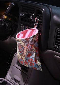 62 Clever Cool Diy Car Trash Can Ideas Messy People More click […] Clever Cool Diy Car Trash Can Ideas Messy People Car Accessories 52 Clever And Coo Sewing Hacks, Sewing Tutorials, Sewing Projects, Sewing Patterns, Serger Projects, Sewing Tips, Sewing Ideas, Sewing Crafts, Diy Car Trash Can