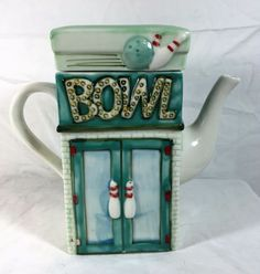 "Collectible Figural Teapot Bowling Salad Bowl Green White Ceramic 6 5"" Tall…"