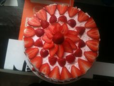 Strawberry cake Engineer, Strawberry, Pie, Desserts, Food, Torte, Tailgate Desserts, Cake, Deserts