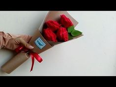 Wrapping rose bouquet felt flowers | cara membungkus buket mawar flanel - YouTube