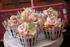 Cupcakes at a Cowgirl Party #cowgirl #partycupcakes