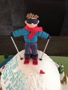 Skier made of gumpaste.