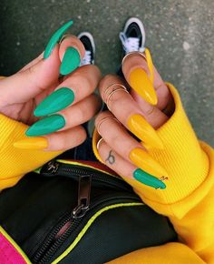 In look for some nail designs and ideas for your nails? Listed here is our listing of must-try coffin acrylic nails for fashionable women. Aycrlic Nails, Coffin Nails, Hair And Nails, Stiletto Nails, S And S Nails, Shellac Nail Art, Nails 2016, Gradient Nails, Rainbow Nails