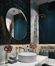 Most up-to-date Photographs Luxury Bathroom interior Concepts Guaranteeing space everyday life approximately the posh visual associated with all of your household Bathroom Design Luxury, Modern Bathroom, Small Bathroom, Luxury Bathrooms, Dream Bathrooms, Elegant Bathroom Decor, Blue Bathrooms, Zen Bathroom, Art Deco Bathroom