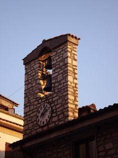 Monteroduni. Orologio del Municipio