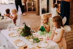 Luxury event planning firm that cherishes opportunities to work with clients to make memorable moments. Celebrate your best moments with Scarlett Events.