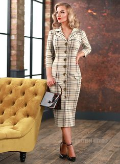 Swing Dress 50s, Retro Fashion, Vintage Fashion, Vintage Clothing Online, Circle Dress, Mode Vintage, Retro Dress, Pencil Dress, Flare Dress