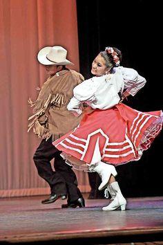 El 18 de marzo se realizará el Primer Festival Nacional de Polka reunirá en esta ciudad a más de una centena de bailarines en el Centro Cultural Universitario de la UACJ