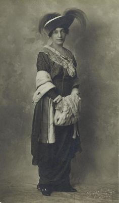 Unknown actress fromFrederick and Fanny Locke Hatton'sYears of Discretion,1912