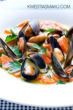 Przepis na owoce morza, małże, jak ugotować i przyrządzić Mussels, Caprese Salad, Japchae, Healthy Recipes, Healthy Food, Seafood, Cooking, Ethnic Recipes, Beverages