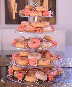"""The most HEAVENLY cakes on Instagram: """"Oh so gorgeous doughnut tower in shades of peach & coral By @alysonscakes - - - - - #cakes #cake #wedding #love #weddingcake #weddings…"""" Doughnut Wedding Cake, Wedding Donuts, Doughnut Cake, Wedding Desserts, Wedding Cakes, Donut Tower, Donut Bar, Cake Tower, Chocolate Strawberry Cake"""