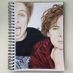Drawing 5sos of Luke Hemmings and Ashton Irwin