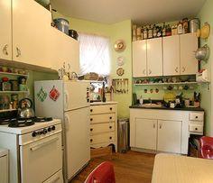 Kitchen Tour: Lisa's Homage to Her Mom's Kitchen