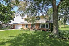 3186 Duncan Rd  Stoughton , WI  53589  - $299,900  #StoughtonWI #StoughtonWIRealEstate Click for more pics