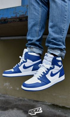 8bd834329f912 Are you looking for more information on sneakers  Then please