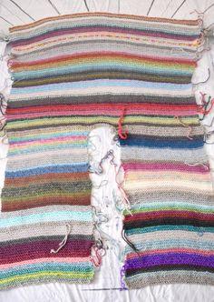 Ravelry: Wayfarer Ruana pattern by Regina Weiss Knitted Poncho, Crochet Shawl, Knit Crochet, Knitting Projects, Crochet Projects, Knitting Patterns, Crochet Patterns, Mode Hippie, Crochet Fashion