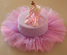 Tulle Tutu at the base of a cake. Pretty if you place the whole thing on a cake stand with the tutu cascading over the side. Ballet Cakes, Dance Cakes, 13 Birthday Cake, Ballerina Birthday Parties, Ballarina Cake, Artist Cake, Single Layer Cakes, Barbie Cake, Painted Cakes