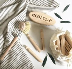 Zero waste, compostable cleaning tools | Wooden dish brush and clothespins #ecofriendly